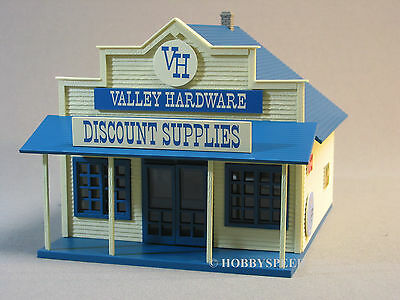MTH VALLEY HARDWARE STORE o gauge train building tools rural old time 30-90299