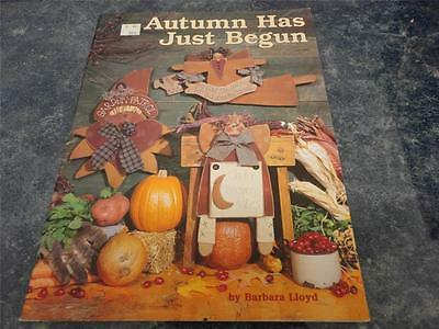 Autumn Has Just Begun Leaflet-Designs by Barbara Lloyd  - Excellent Condition