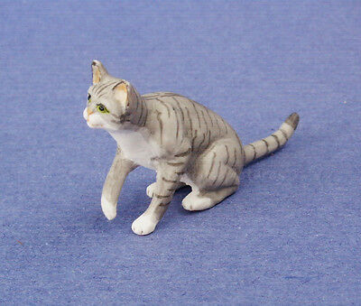 Miniature Dollhouse Doll House Gray Cat 1:12 Scale New