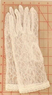 """white lace gloves lovely flower pattern with stems & leaves 10"""" Size small"""