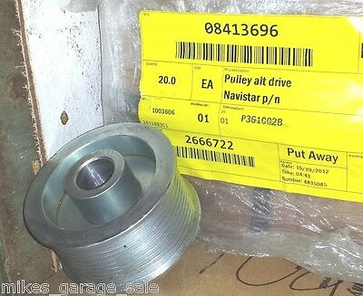 2666722 Navistar Alternator Pulley P361002B Monaco Coach 08413696
