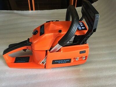 NEW 62CC CHAINSAW MACHINE ONLY 2 STROKE OIL GASOLINE NO CHAIN NO BAR PULL START