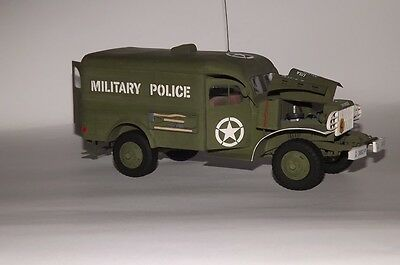 Modelik 12/10 - DODGE WC-54 MP Military Police 1:25 mit Lasercutteilen