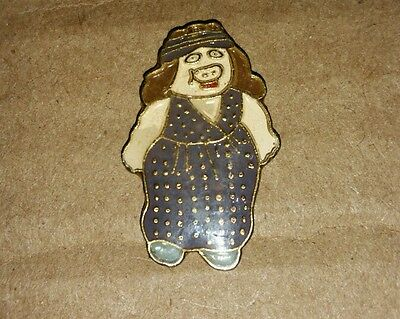 MISS PIGGY cartoon pig in dress vintage hat lapel pin retro OLD pinback muppets