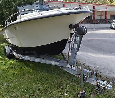 PROLINE 21 FT CABIN CRUISER 1984 WITH 1999 JOHNSON 200 HP  REBUILT VERY NICE