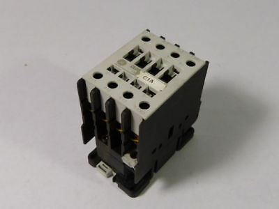 General Electric CL04A310MD Contactor 110/120V ! WOW !