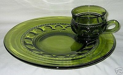 Indiana USA Kings Crown Pattern Olive Green Snack Plate & Cup