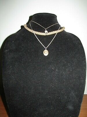 W29 Lot of 3 Vintage Necklaces Small w/ Dainty Pendant Round Golden