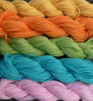 Pure wool yarn worsted weight, 5 colors, 500 yards