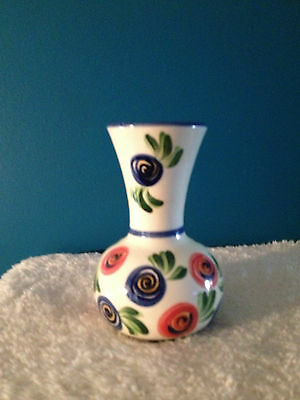 "Gail Pittman 7"" Vase  Signed 2006"