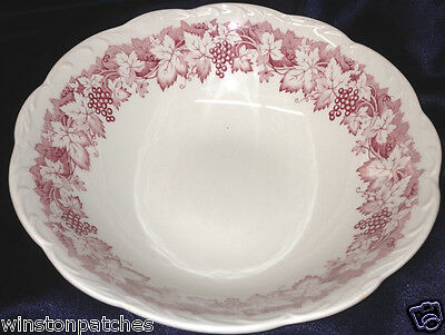 "J&G MEAKIN VINE 8 1/4"" ROUND VEGETABLE BOWL RED GRAPES & LEAVES SCALLOPED RIM"