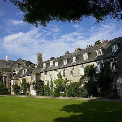 Bargain Break DEVON Dartington Hall, nr Totnes 2N for 2 inc. Breakfast SAVE 55%!