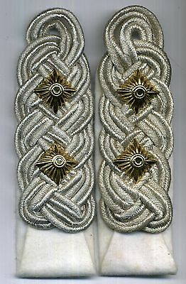 German Army Infantry or LW HG Oberst/ Colonel white sew-in new shoulder boards