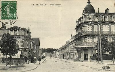 CPA Romilly Rue Carnot Aube (100821)