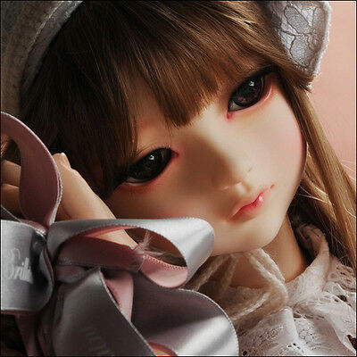 DOLLMORE BRAND NEW Lusion Doll - Drawing Elenoir (no make up)