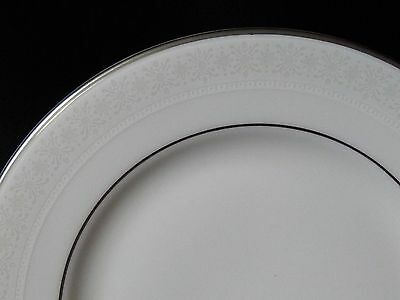 "Royal Doulton Amulet Pattern H4998 Bread & Butter Plate 6-5/8"" Fine Bone China"