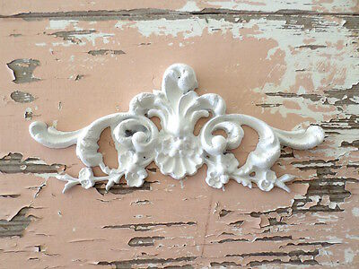 Shabby & Chic Architectural Floral Center  Flexible