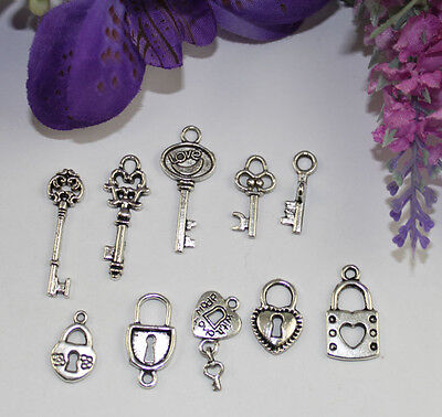 50PCS Mixed Lots of Antiqued silver Lock and Key Charms #22468 IN Au Warehouse
