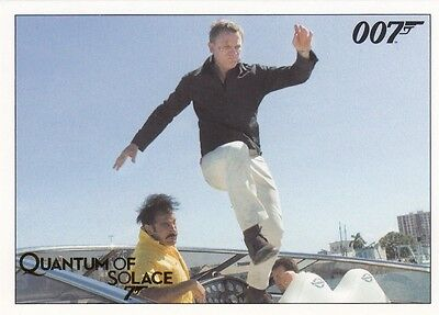James Bond Archives 2015 Edition Quantum Of Solace Gold Parallel Base Card 026