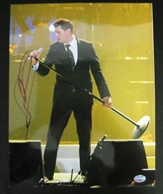 Michael Buble Autographed/Signed 11x14 Photo 132685