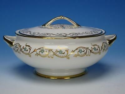 Tuscan Bone China - Louise F184 Pattern - Round Covered Casserole Dish or Bowl