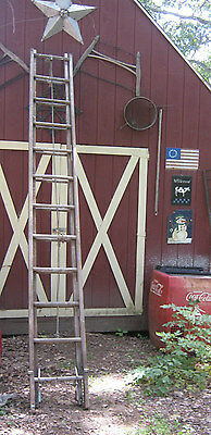 Antique Primitive American Country Wood Usa Ladder Pulley Rack Holder Art Tool