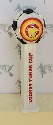 PEZ Looney Sports Series - Looney Tunes Cup Soccer with Tweety - loose