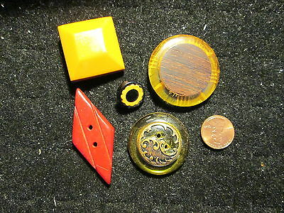 Lot of Five (5) Med & Lrg BAKELITE and APPLEJUICE BUTTONS*cookie*wood*more