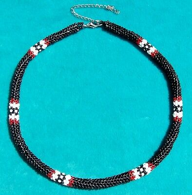"Native ""peyote Stitch"" Loop Beaded Necklace Black"