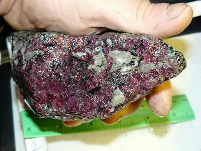 1 eudialyte rough piece from Russia (Kola) 830 g
