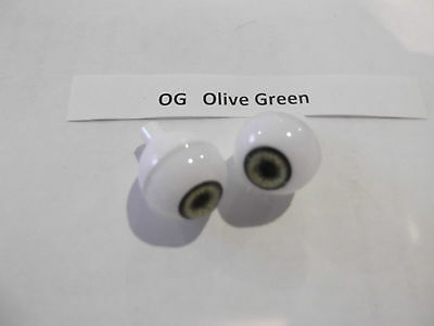 Acrylic Round Eyes In Green Various Sizes