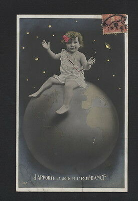 Mb2438 Little Girl Sitting On Top Of The World, Globe , Rppc 1920