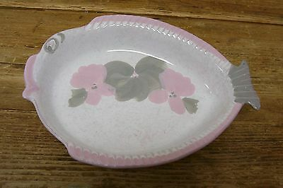 Karole Fish Pottery Serving Bowl Pink Gray Figural Figurine Specks