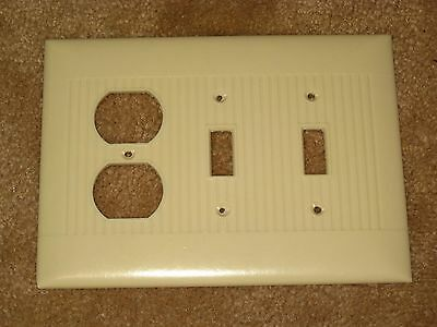Vintage Mid Century BAKELITE 2 Toggle 1 Gang Light Switch Outlet Plate Lines