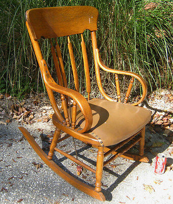 Antique American Country Porch Oak Bent Wood Rocking Chair Home Furniture Sign