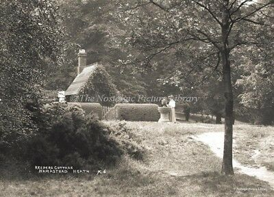 GN 96 PHOTOGRAPH KEEPERS COTTAGE HAMPSTEAD HEATH MIDDLESEX  c1900