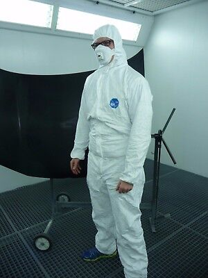 1x Professional Painter's Suit Size XL Disposable Protective Overall Tyvek