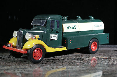 1982 The First Hess Truck Oil Delivery Truck Red Switch