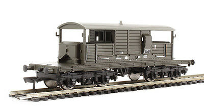 HS  Bachmann 33-826B Queen Mary Brake Van BR 25 T Spur OO