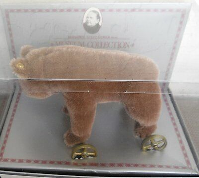 STEIFF BEAR ON WHEELS MUSEUM COLLECTION EAN 0085/12 New in Box
