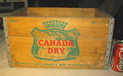 Vintage 1963 Canada Dry Ginger Ale Soda Wood Art Map Sign Box Bottle Crate Stand