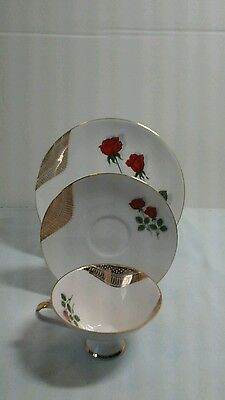 "Set Of 3 Mitterteich 7-3/4"" Plate, 6"" Saucer And 2-1/2"" Cup Red Rose Gold Trim"