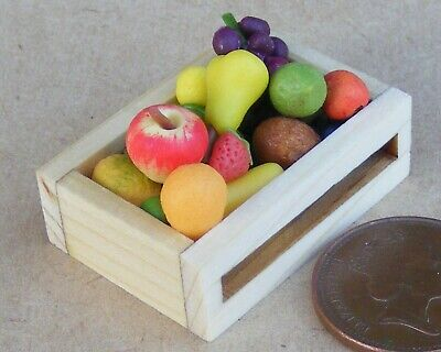 1:12 Scale Mixed Fruit Selection In A Wooden Box Tumdee Dolls House Food F1
