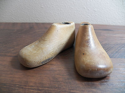 Childrens INFANTS Wood Wooden 1 Pair WII SIZE 2E Shoe Lasts Molds Cobbler