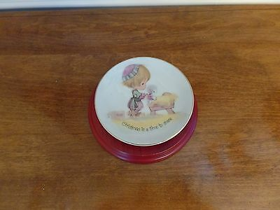 1978 Precious Moments Enesco Christmas is a Time To Share Collectable Plate
