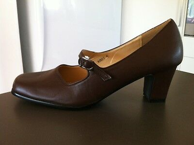 THEME Brown Leather Mary Jane Heels Size 9 EU 40