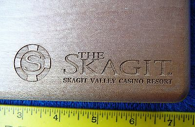 "Wood box light color 2 card deck 7"" x 4"" velvet lined Skagit Casino Resort NEW"