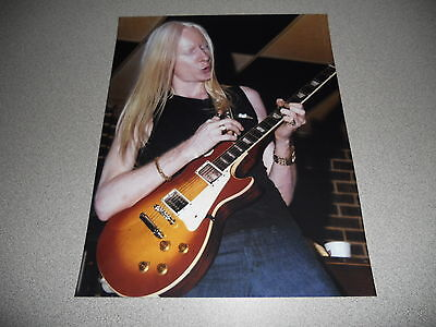 Johnny Winter Cool Live Blues Concert 8x10 Photo #2