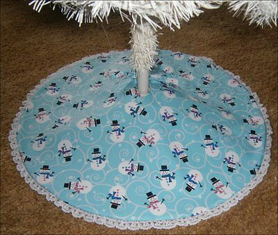 "Tabletop Christmas Tree Skirt ~ 22"" ~ Snowmen on Blue ~  Handcrafted"