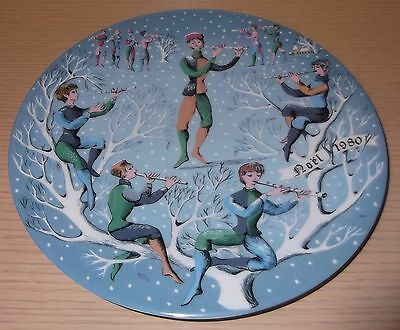 Haviland Limoges 1980 Christmas Plate ~ Eleven Pipers Piping